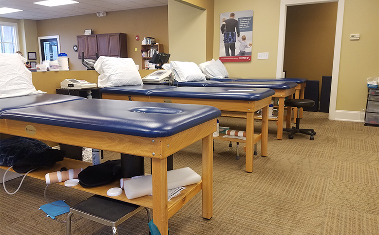 BenchMark Physical Therapy in Chelsea, AL Treatment Tables