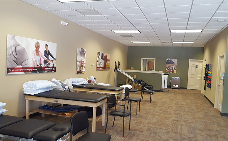BenchMark Physical Therapy in Alma, GA Clinic Interior