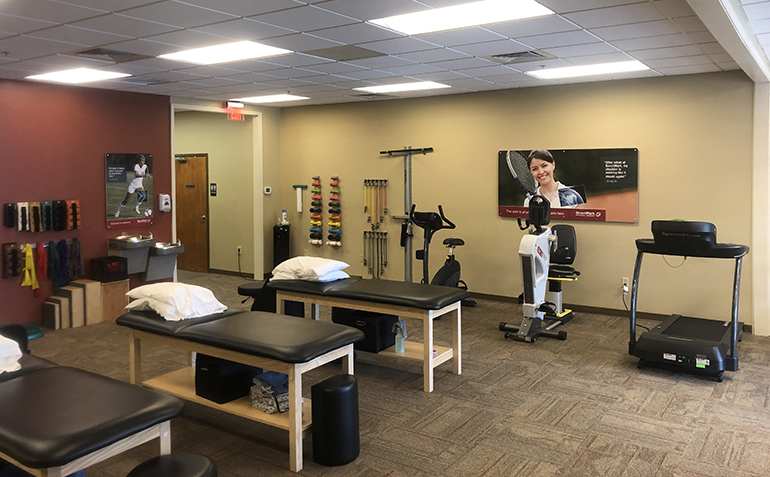 BenchMark Physical Therapy in Gulf Shores, AL Treatment Tables