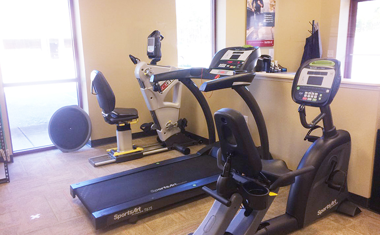 BenchMark Physical Therapy in Helena, AL Exercise Equipment