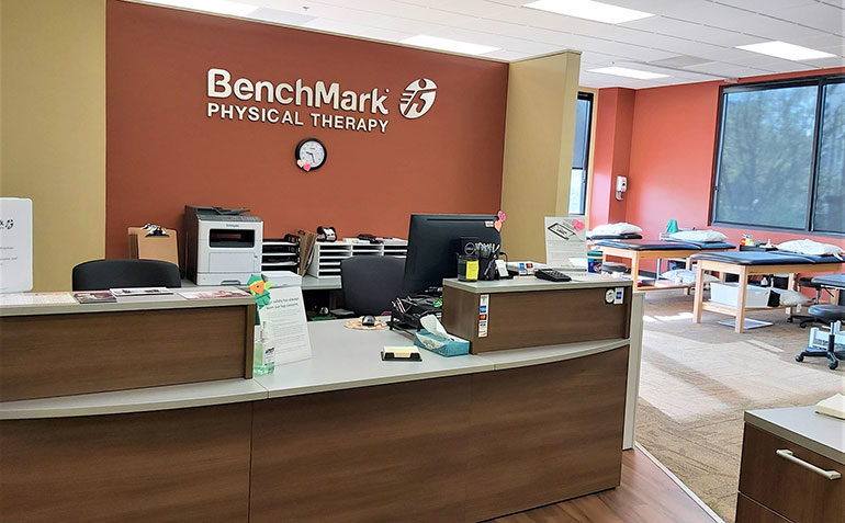 BenchMark Physical Therapy Atlanta GA (Chastain Park) Reception Desk