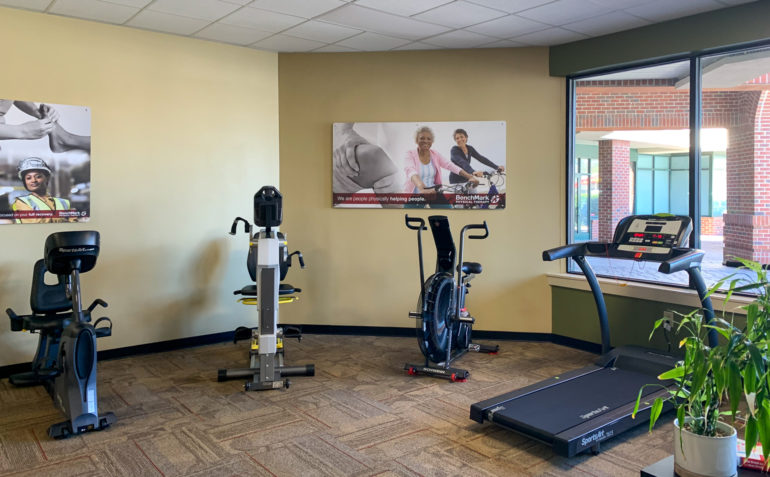 BenchMark+Physical+Therapy+ Hendersonville+interior-01