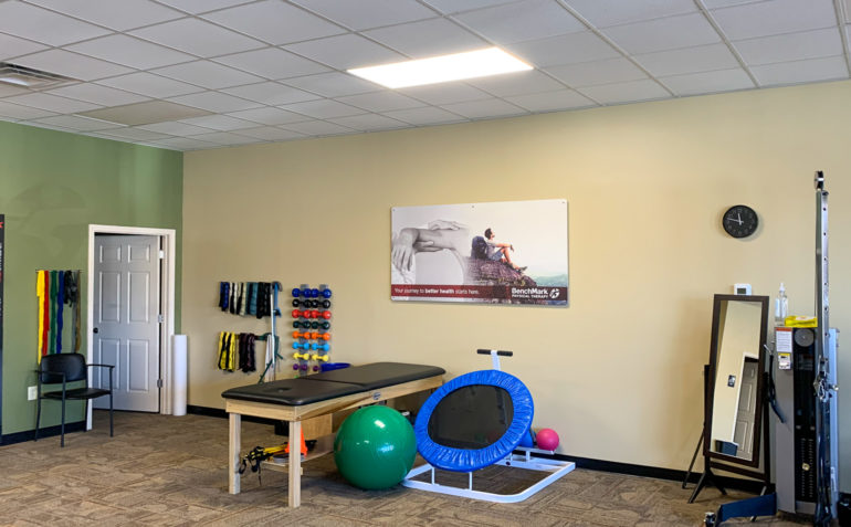 BenchMark+Physical+Therapy+ Hendersonville+interior-02